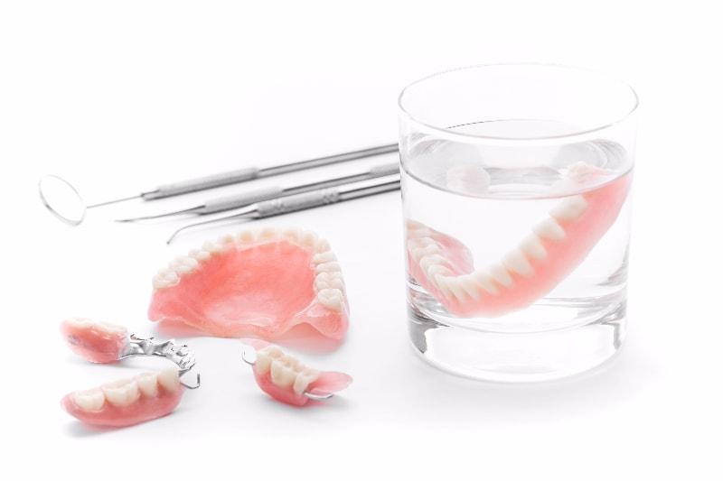 「良く咬める入れ歯」を作る自信があります